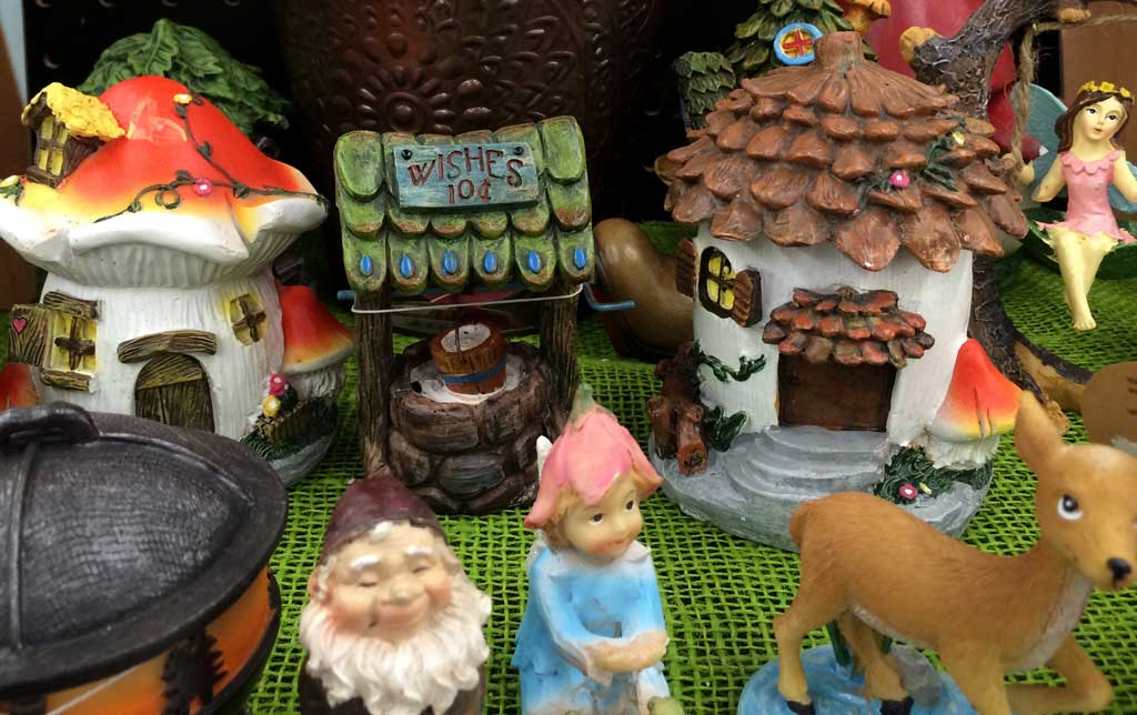 Mini Garden Figurines
